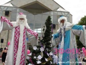 Ходулисты на празднование городского нового года
