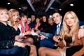 Выпускной для студентов - вечеринка в лимузине